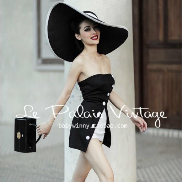 343431fa9 RARE Le Palais Vintage limited A-line dress Romper